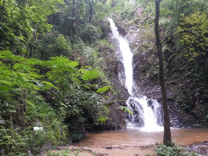 Mae Yen waterfallmae yen waterfall in Pai