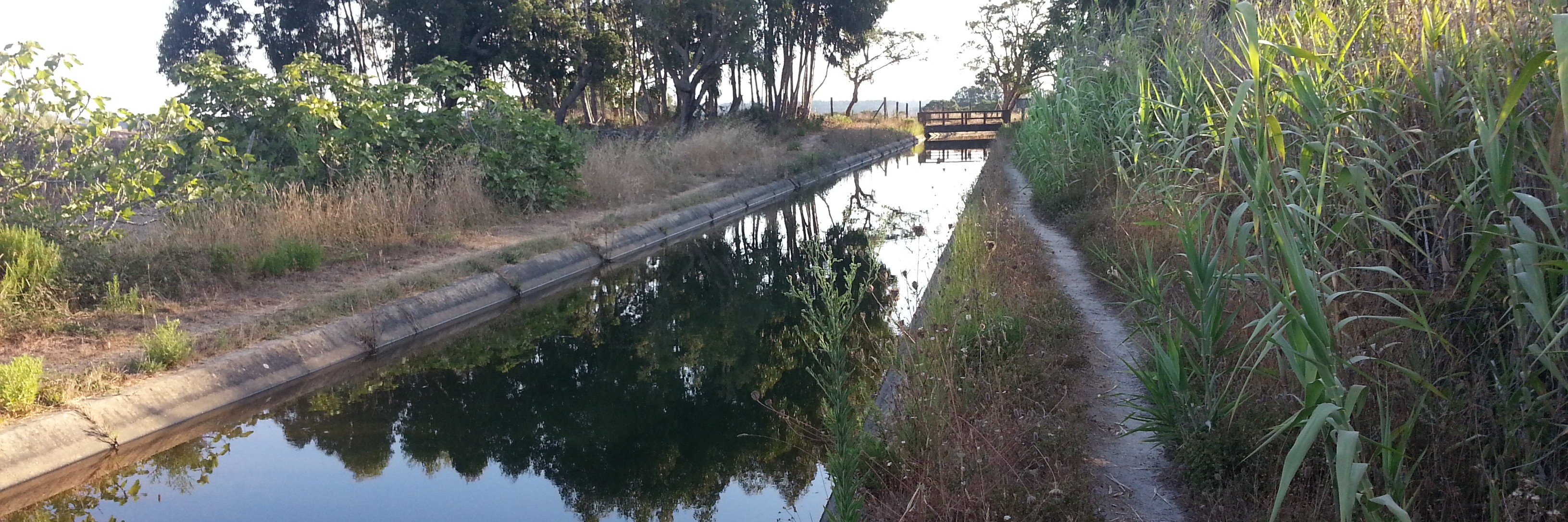 Bivouac au bord du canal à Odeceixe