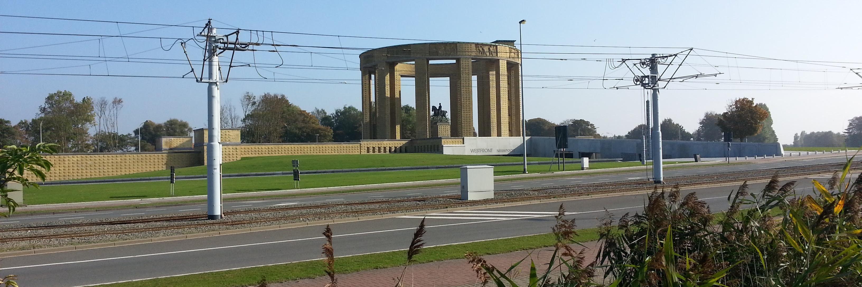 060-monument-roi-albert-premier