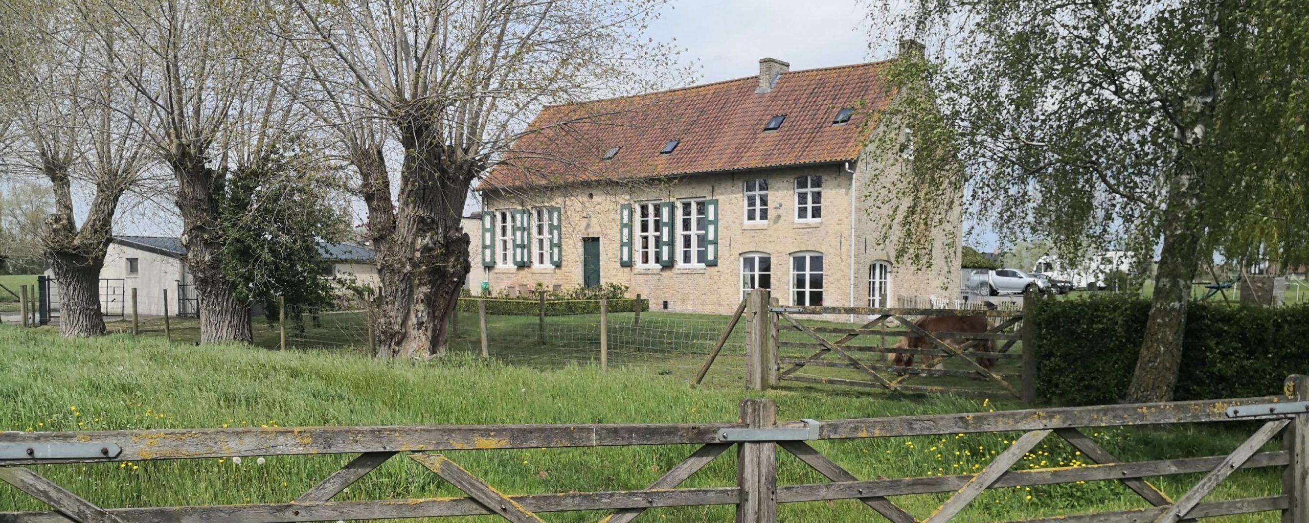 Pollinkhove ferme flamande avec pièce excavée
